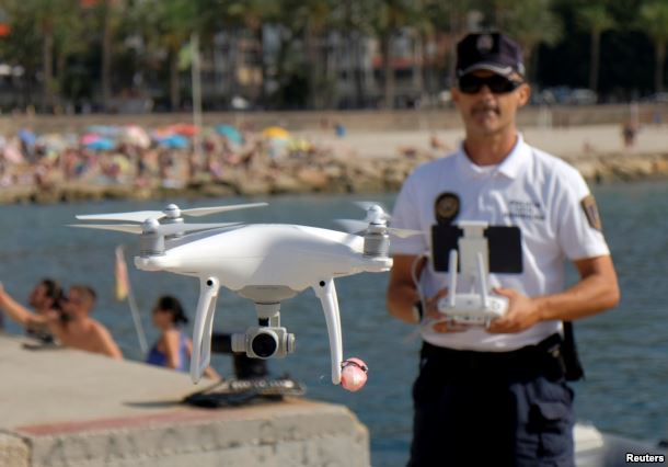 spain police drone 2.jpg