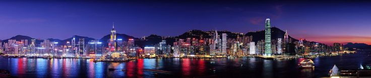 1300px-Hong_Kong_at_night