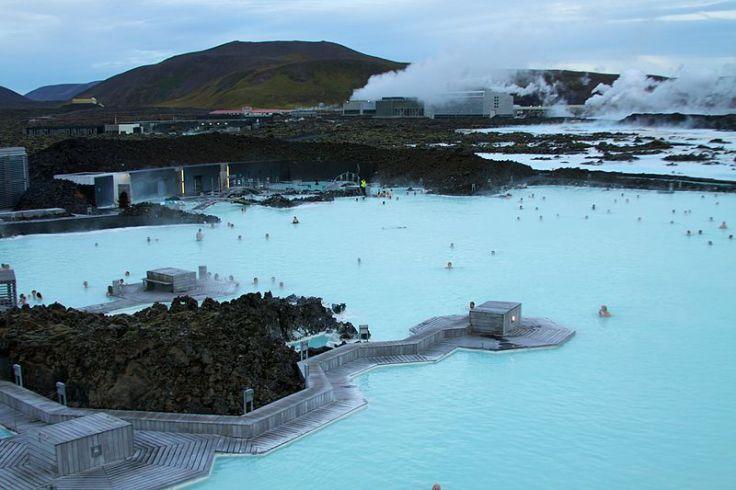 800px-Iceland_-_Blue_Lagoon_09_(6571266721).jpg